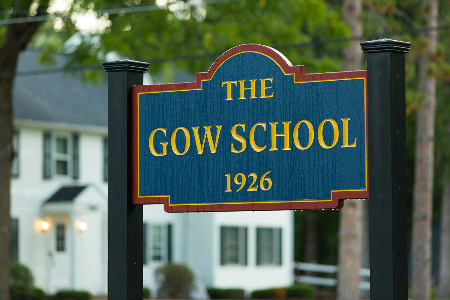 The Gow School Enterance Sign